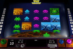 space invaders playtech slot machine